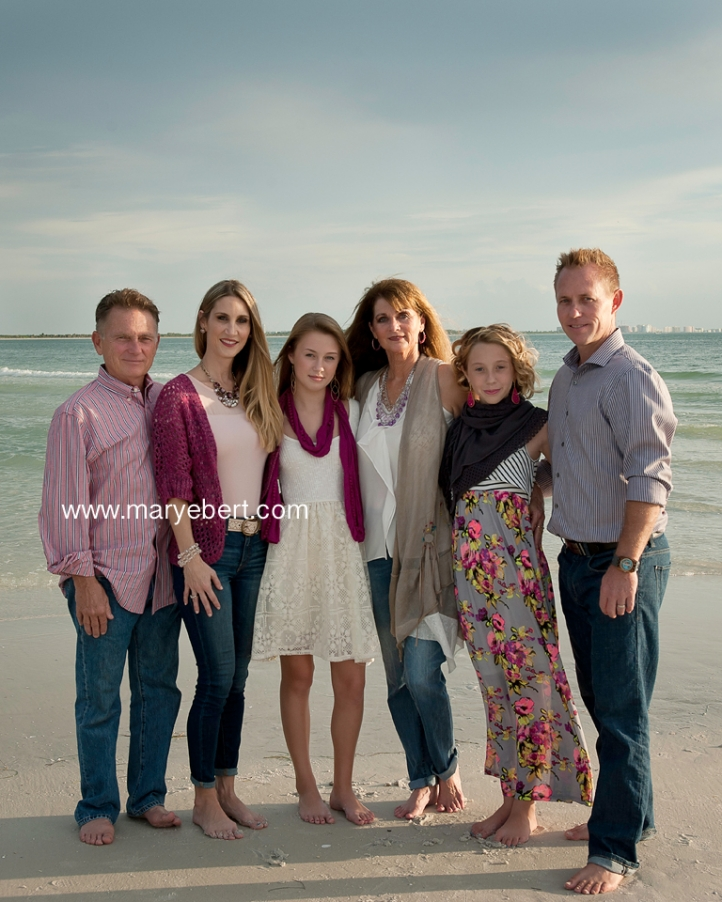 Tampa_Beach_Photographer_ExtendedFamily02